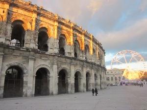 Arènes de Nîmes (Arena of Nîmes) and Christmas carousal